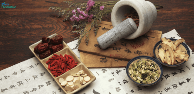 Traditional-Chinese-Medicine-696x337.png
