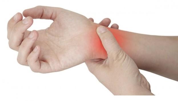 손목통증-사진-624x356.jpg