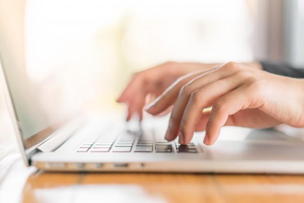 closeup-of-business-woman-hand-typing-on-laptop-keyboard_1232-4331.jpg